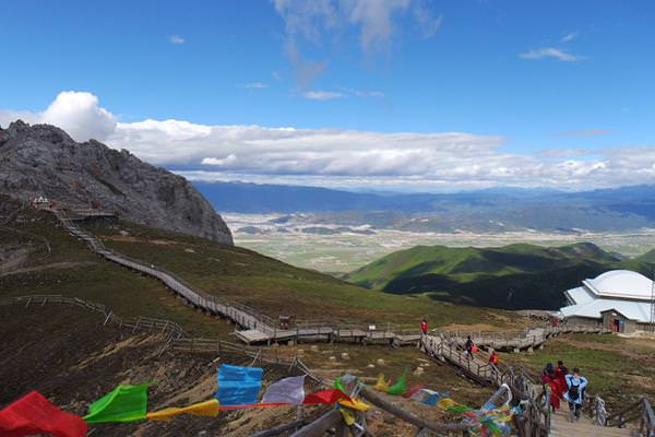 中國雲南石卡雪山