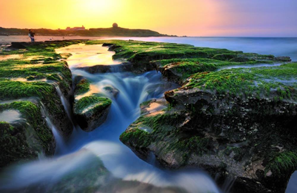 老梅石槽 北海岸景點 老梅石槽交通 老梅石槽海岸步道 老梅沙灘